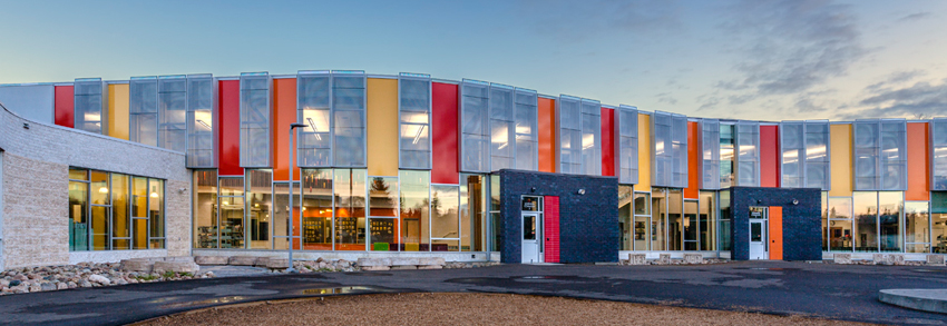 Situated In An Economically Disadvantaged Area Of Regina Saskatchewan Seven Stones Community School Proudly Stands As A Statement Cultural Diversity