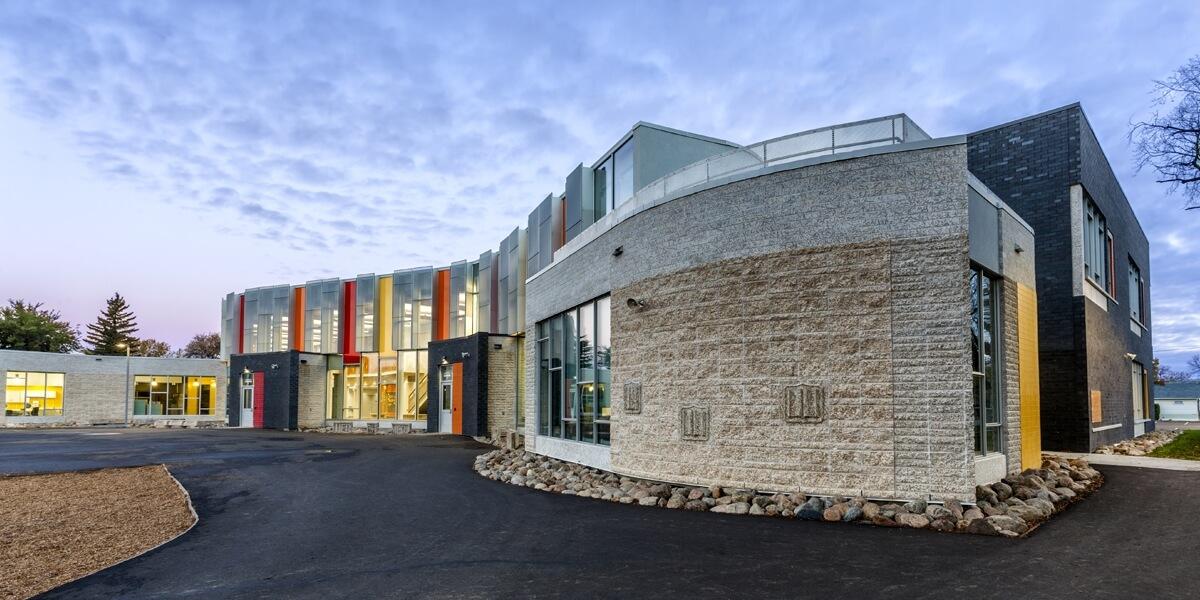 seven-stones-school
